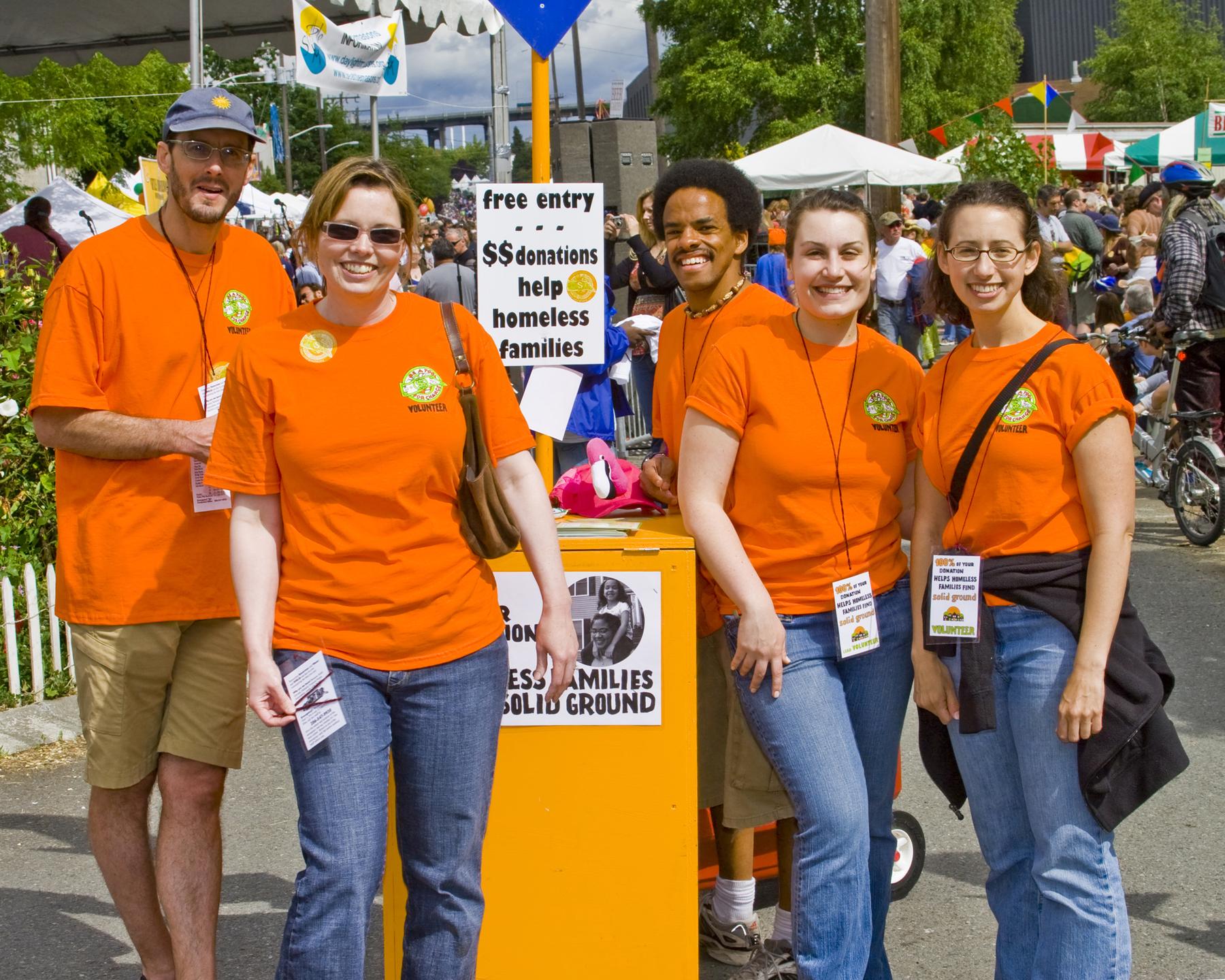 volunteer greeters 2007