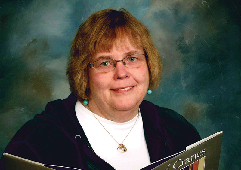 Long-time teacher Linda Hollingsworth offers companionship & daily living support.