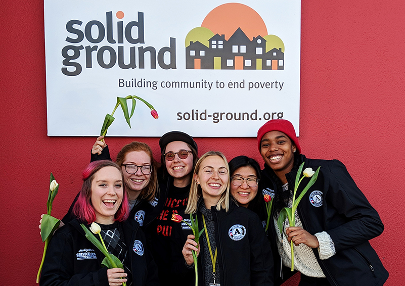 Solid Ground's Community Food Education (CFE) AmeriCorps Team (l to r): Jordan Van Hoozer, Lindsay Matteson, Emiline Chipman, Annika van Leynseele, Pam Lim, and Leah Levert (photo by Shana McCann)