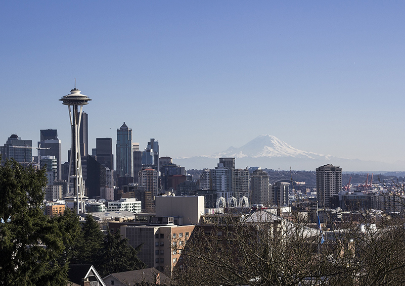 Seattle viewpoint: Space Needle and Mt. Rainier