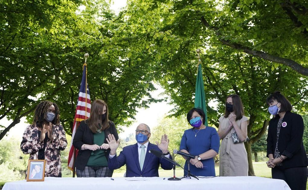 Gov. Jay Inslee at a bill signing ceremony.